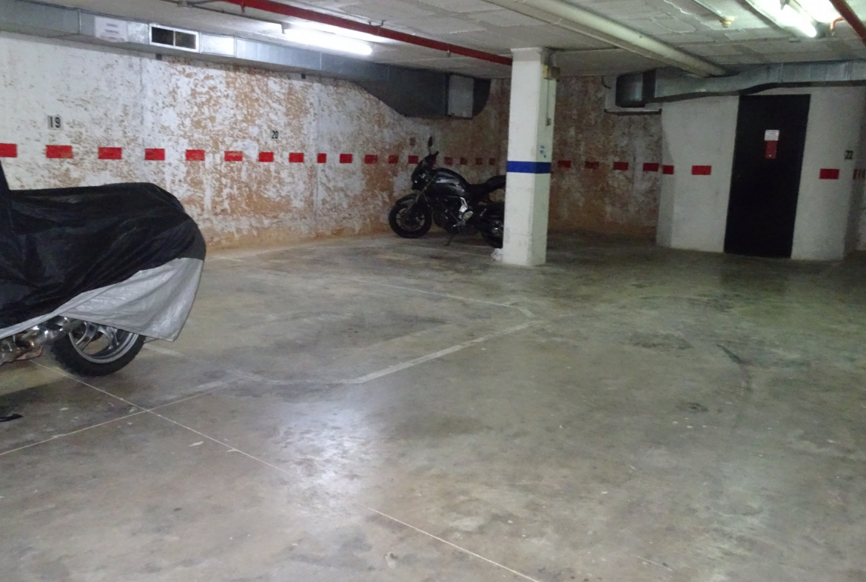 plaza de parking en barcelona entença