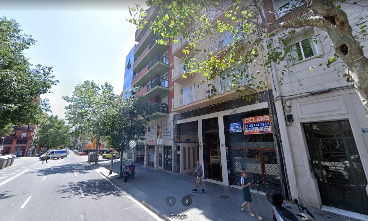 PARKING EN CARRER DE ENTENÇA, BARCELONA