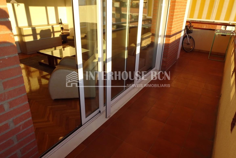 Penhouse atico amueblado con terraza en les corts barcelona